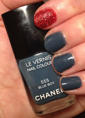 Chanel, Chanel Blue Boy, Chanel Les Jeans de Chanel Collection, Chanel Le Vernis Nail Colour, Nail Rock, Nail Rock Glitter Dust Red, nail art, accent nail, nail glitter, nail polish, nail lacquer, nail varnish, mani, manicure, mani monday, #manimonday, nails