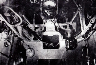 Интерьер кабины пилота И-3