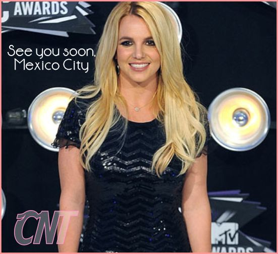 Britney Spears offers a free Christmas concert