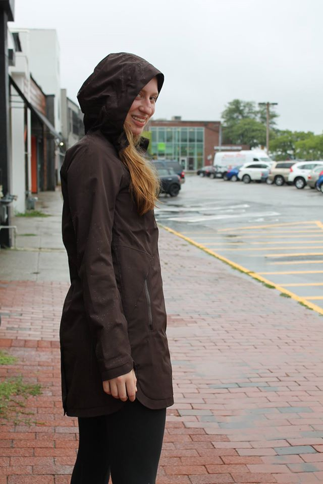 lululemon definitely-raining-jacket-espresso