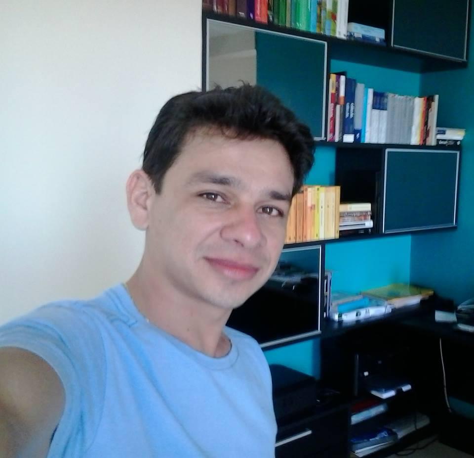 Helton Carlos