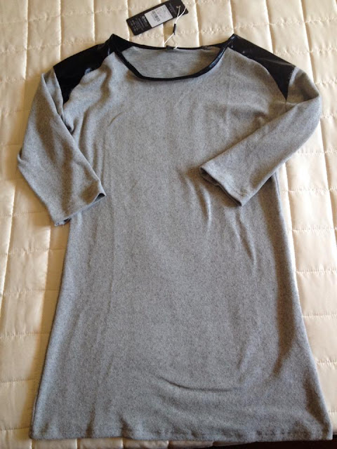 http://www.persunmall.com/product/gray-t-shirt-with-leaher-shouders_p6488?cid=528ryan