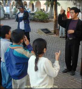 ADRIAN MAY FUNDADOR DEL PRIMER CATECISMO PARA PERSONAS SORDAS EN MERIDA YUCATAN