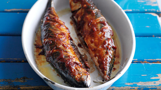 Average Whole Mackerel Or Other Oily Fish 1000 Calorie
