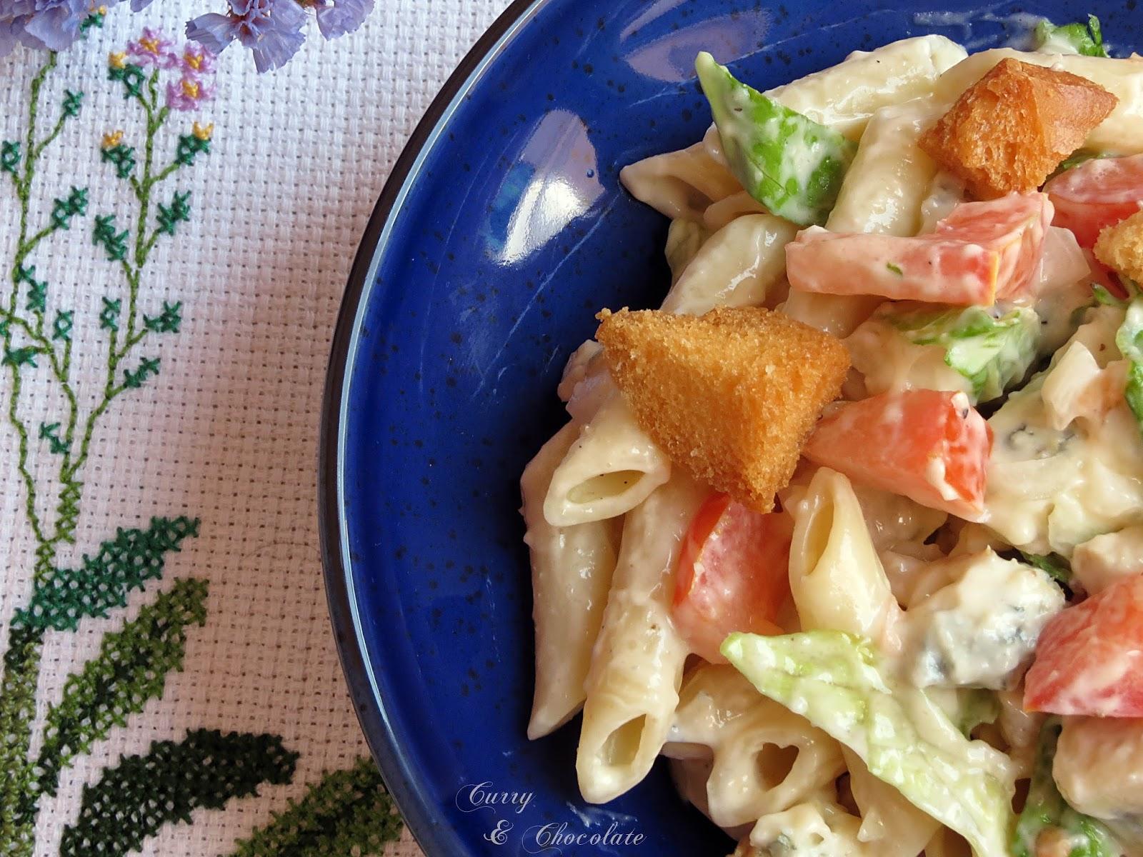 Ensalada César de pasta - Caesar pasta salad
