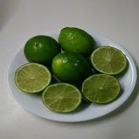 Cara menghilangkan bau badan dengan jeruk nipis