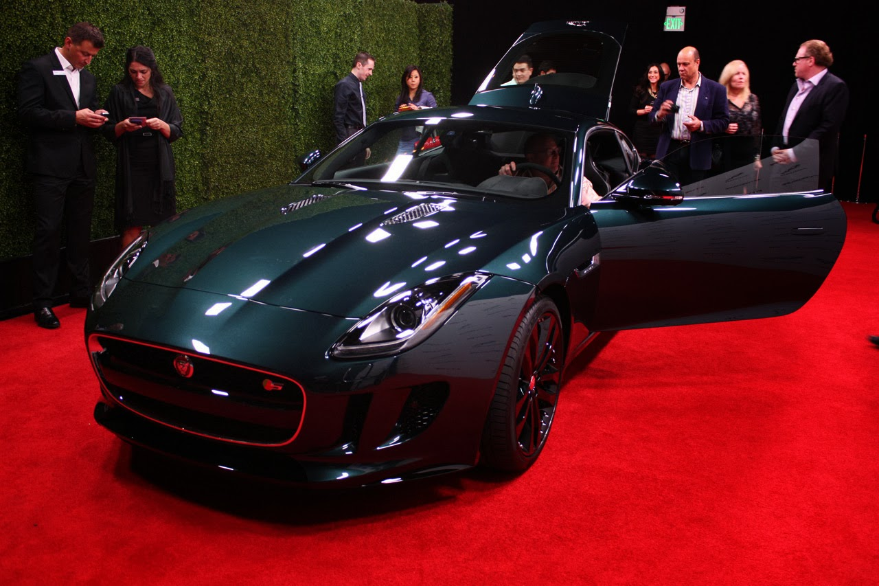 Jaguar f type coupe green - photo#6