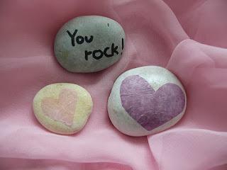 Decoracion con Piedras para San Valentin
