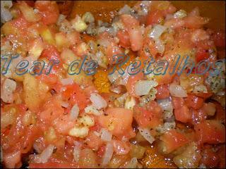 Molho de tomates para a berinjela a parmegiana.