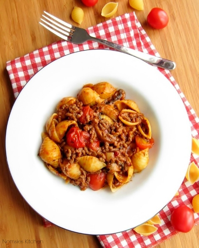 Quick Bolognese Pasta recipe from Nomsies Kitchen