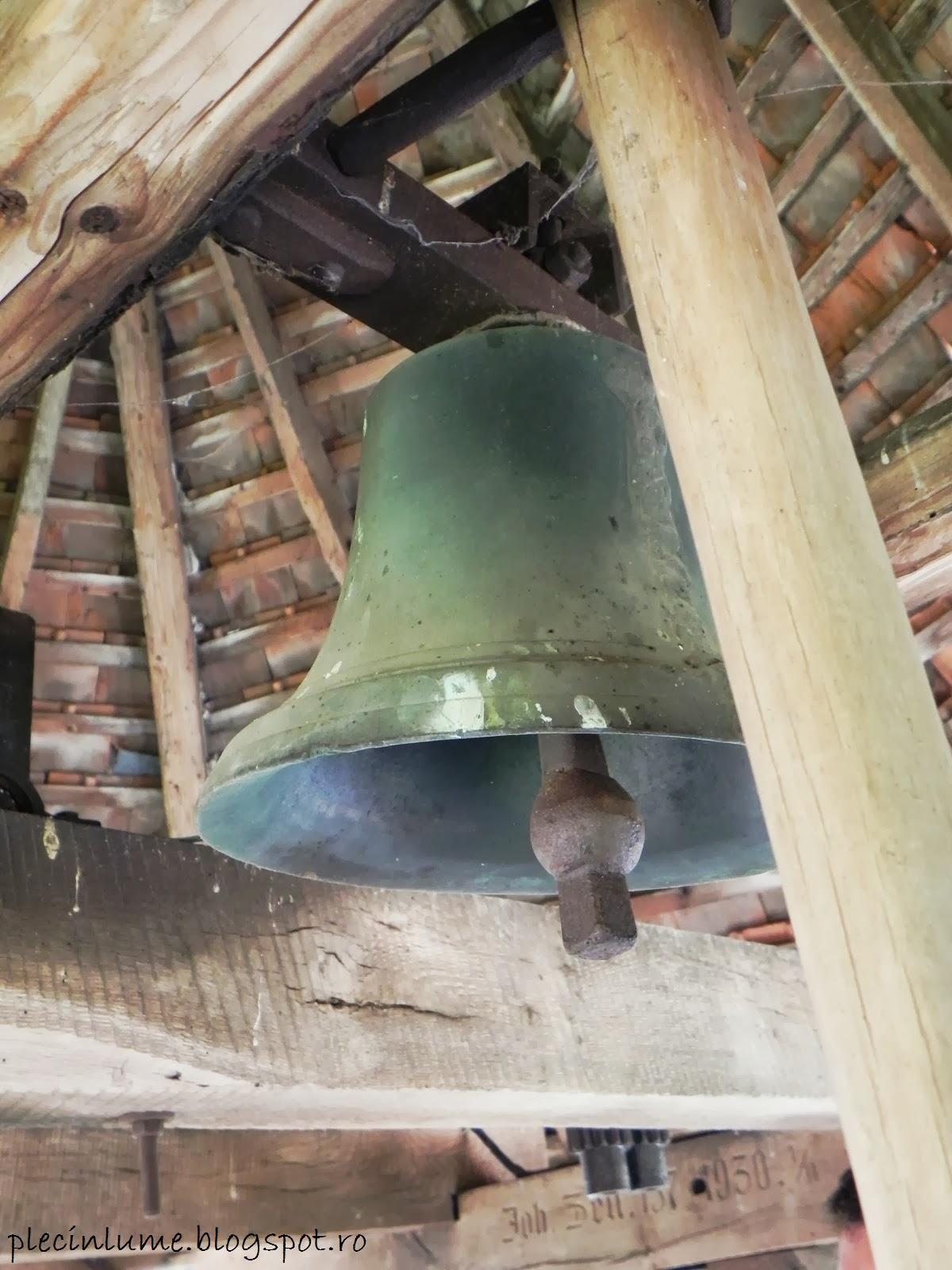 Clopotul bisericii din Carta