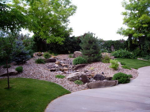 Landscaping rocks for Garden designs with rocks