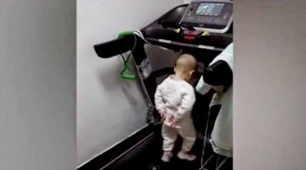 Video Bayi Berumur 17 Bulan dipaksa Lari Menggunakan Treadmill