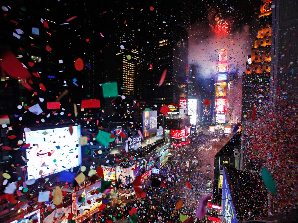 the new year s eve New years eve 2018 it's new year's eve and all eyes are on times square, because on new year's eve, the entire world waits for the ball to drop—the timeless symbol that marks the beginning of the new year.