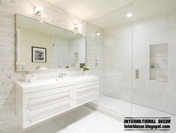 Bathroom mirrors useful tips for choosing for Large bathroom designs pictures