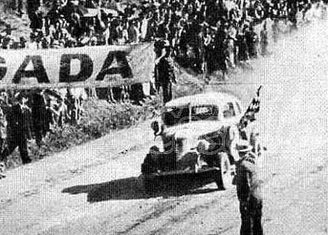 """12 de diciembre, 1937 / SE CORRIAN LAS PRIMERAS """"MIL MILLAS ARGENTINAS"""""""