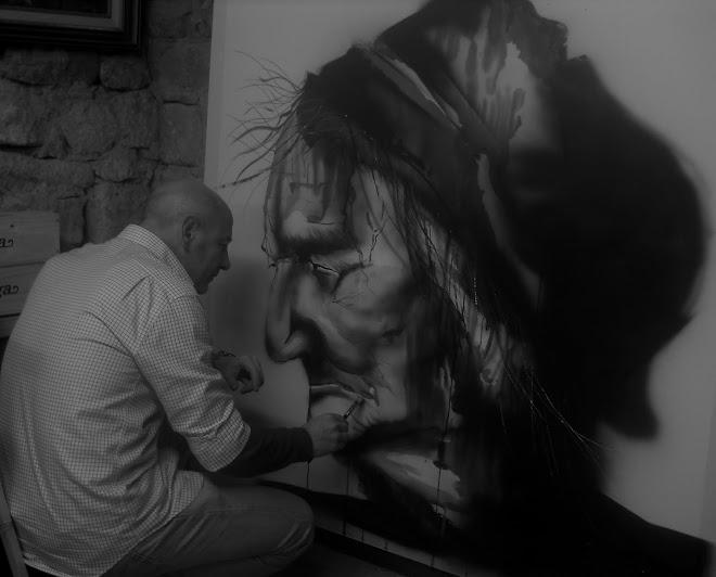"Pintando ""LA VIEJA"" Acuarela.-140 x 140 cms."