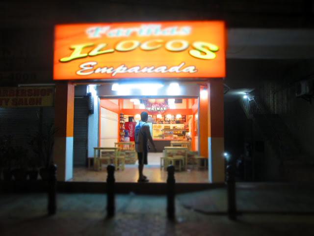 Nines vs. Food - Fariñas Ilocos Empanada-16.jpg