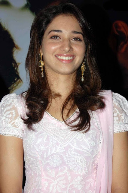 Tamanna Cute in Pink Sudithar Photos