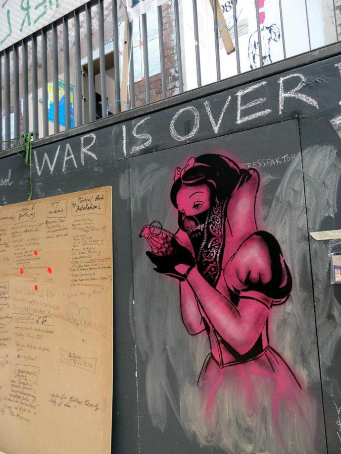 El mejor arte esta en la calle, Graffitis