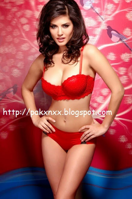 Sunny Leon In Red Bra And Panty