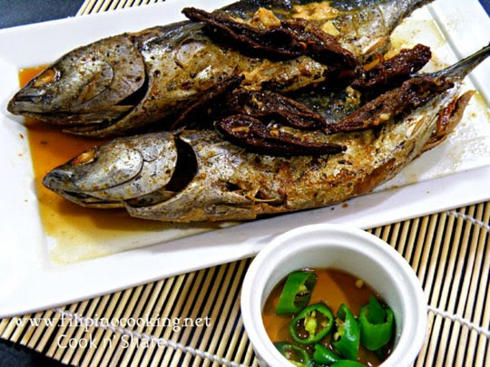 Sinaing na Tulingan Recipe http://goo.gl/JYt72V