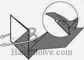 Bước 10: Gấp lật ngược mặt giấy xuống dưới.