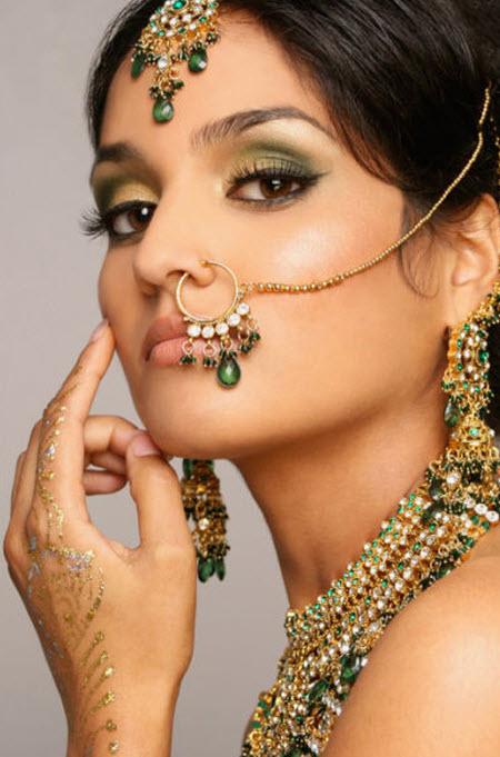 Hermosas novias tradicionales de la misteriosa India