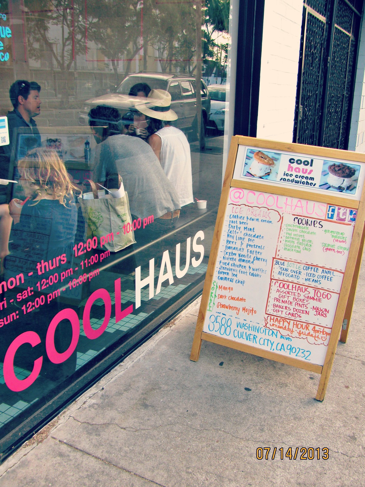 Coolhaus- Storefront, Hours, & Menu