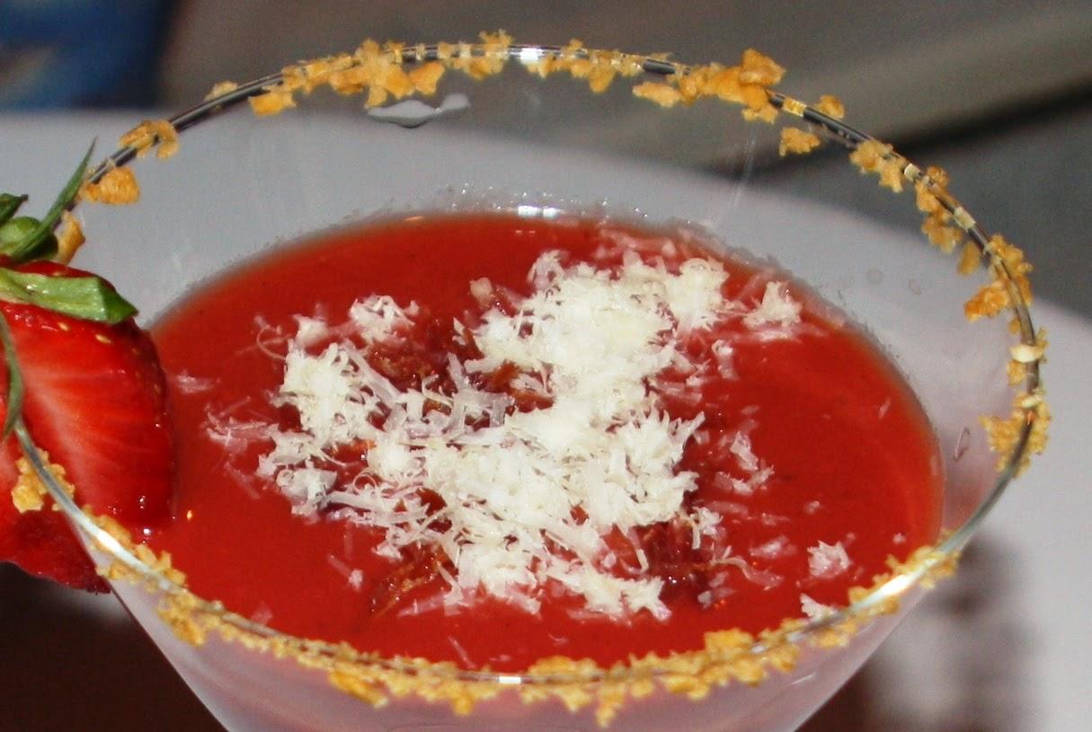 Gazpacho de fresas Alocados en la cocina