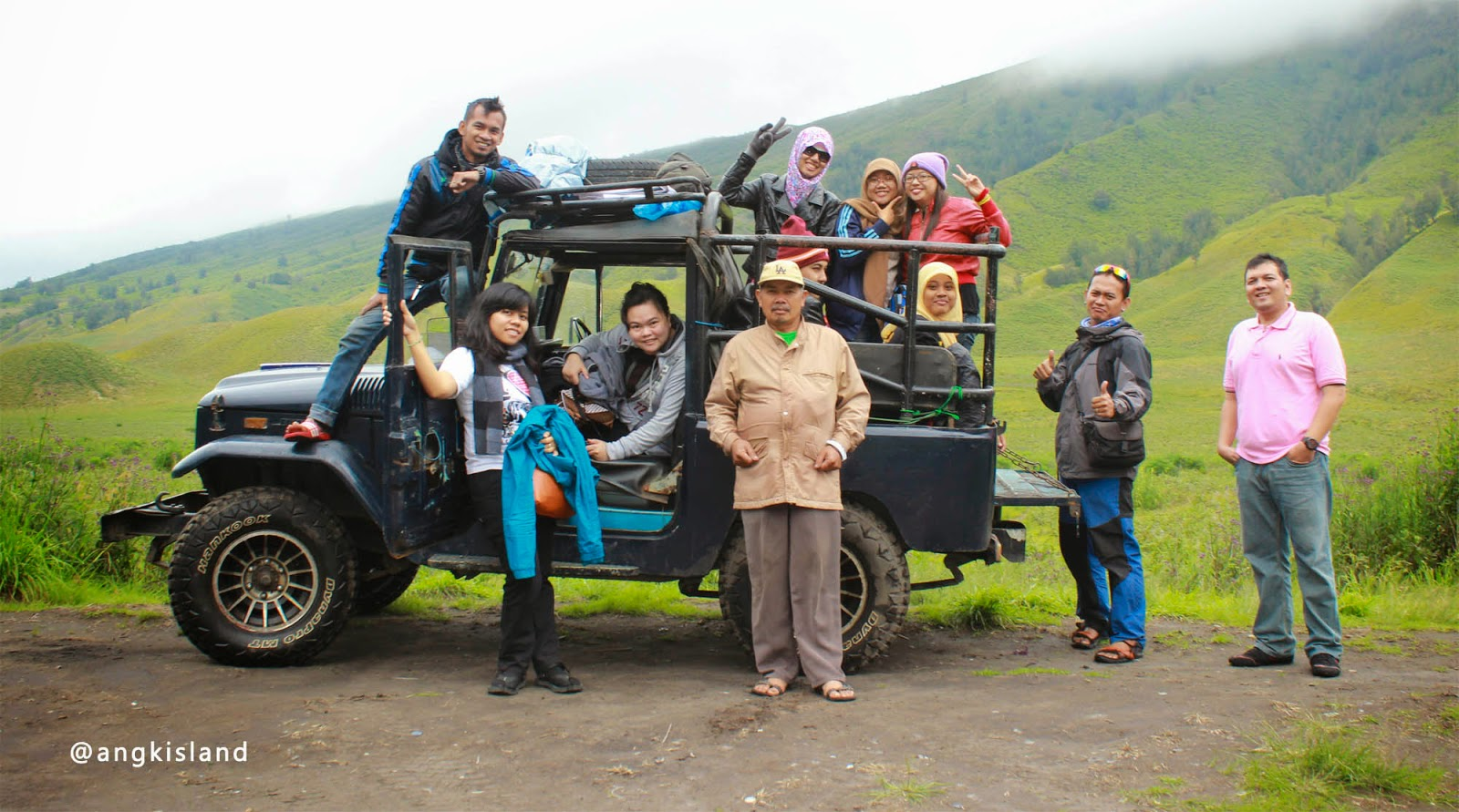 jump to Bromo