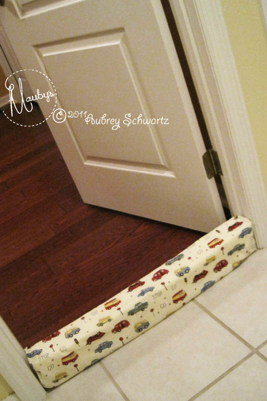 Removable (Machine Washable) Draft Blocker: Tutorial