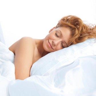 http://4.bp.blogspot.com/-759c3LWAQbs/TeG2tZ08jMI/AAAAAAAAAG0/_hFpI1qi9oU/s1600/sleep-without-bra.jpg