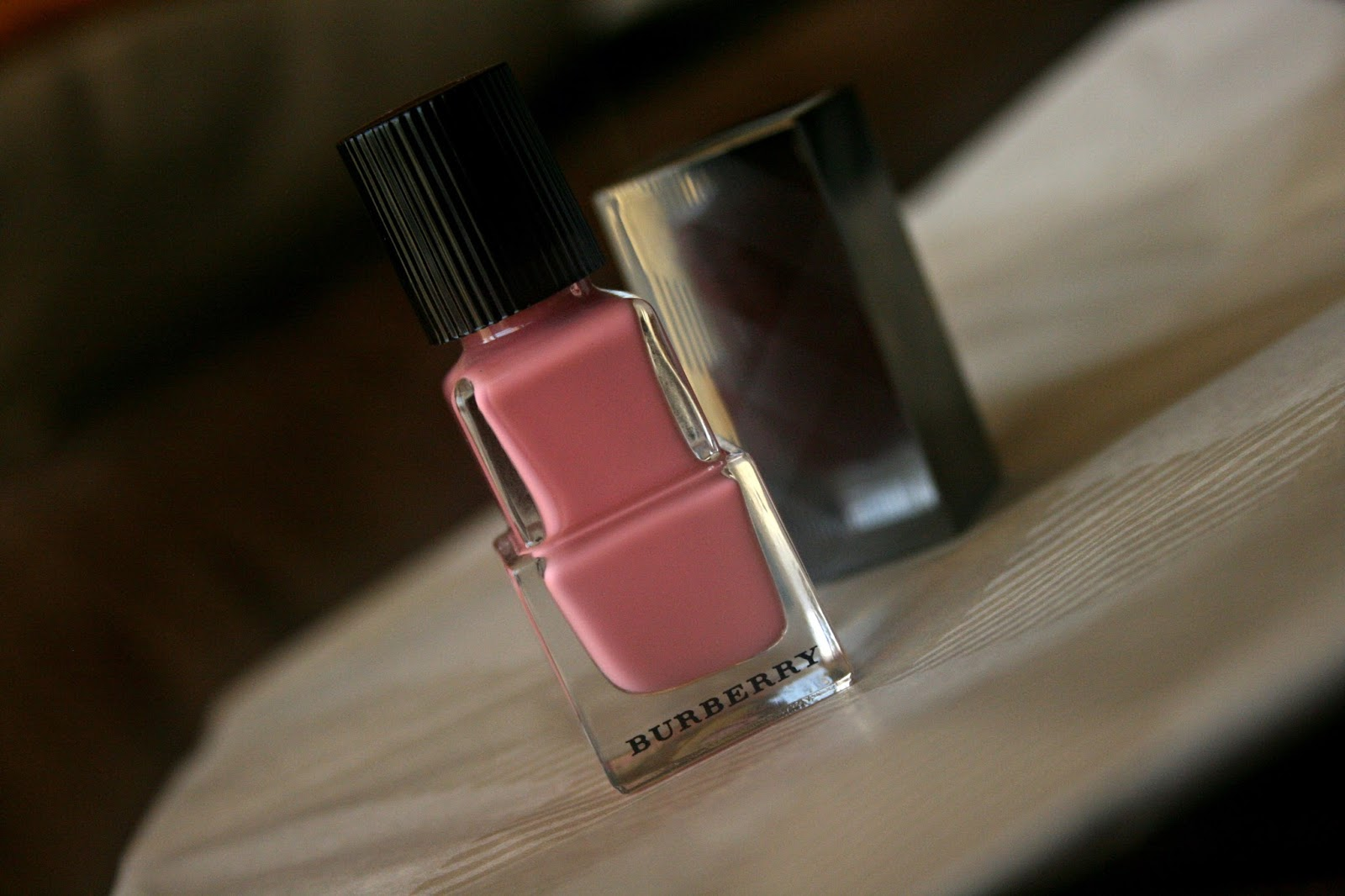 Burberry Beauty Nail Polish in Rose Pink No. 400