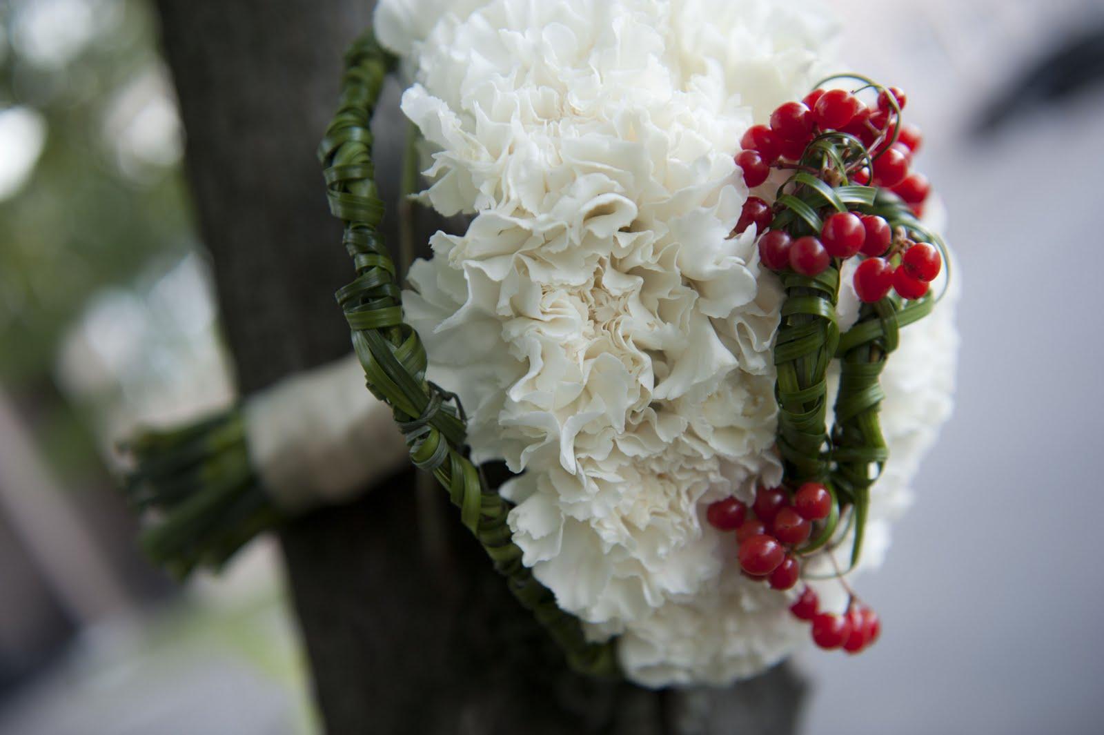 Свадебный букет из гвоздик - значение и символика 74