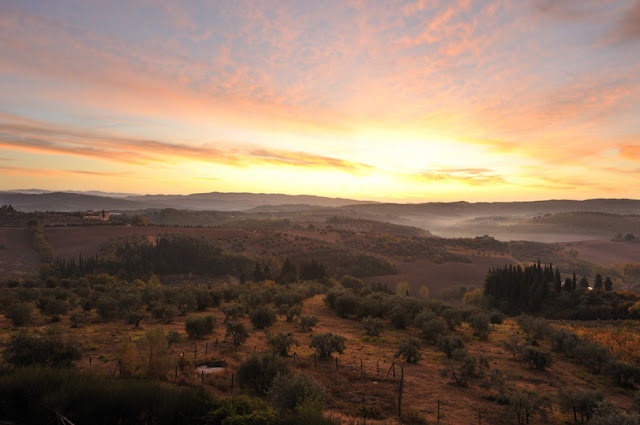 sunrise - image via Castell del Nero website, edited by lb for linenandlavender.net: http://www.linenandlavender.net/2010/01/design-daily-hotel-feature-castello-del.html