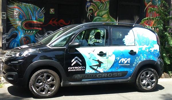 El nuevo C3 Aircross junto al surf