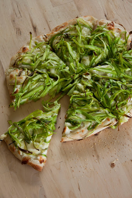Food is Like Art: Shaved Asparagus Pizza with Fresh Lemon