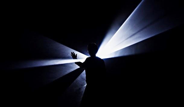 Físicos conseguiram produzir luz sólida