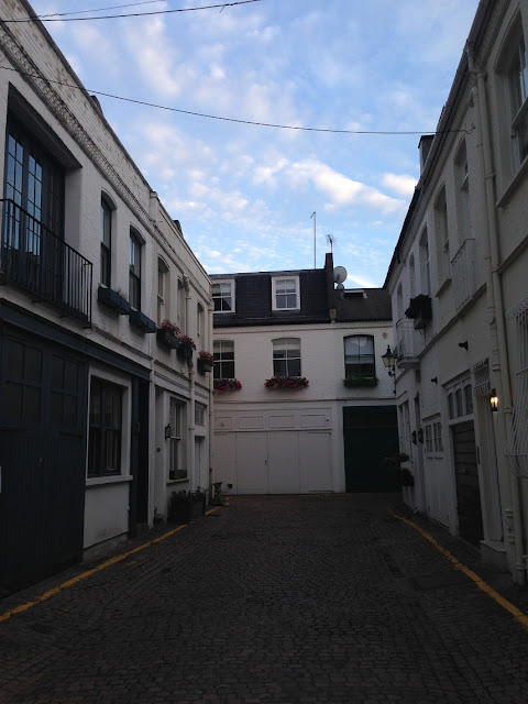 Unidentified mews, Kensington, London W8