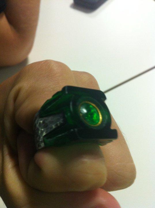 green lantern ring prop. these Green Lantern ring
