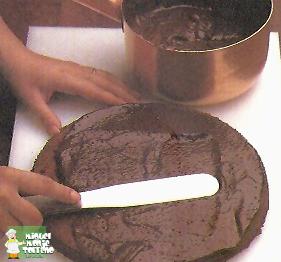 TARTA DE NUECES AL CHOCOLATE
