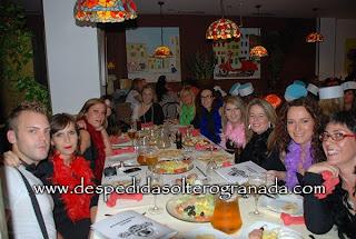 Despedida mixta en restaurante en Granada 5