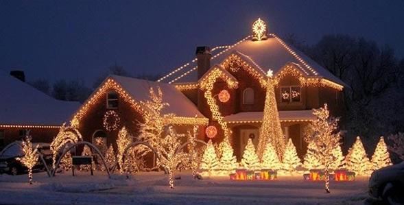 Decoraci n del hogar en navidad beqbe - Casas decoradas en navidad ...