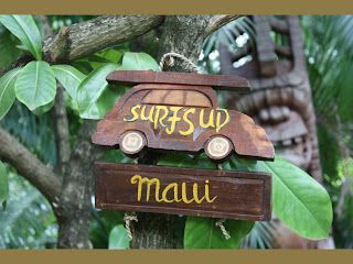 surfs up maui beach sign
