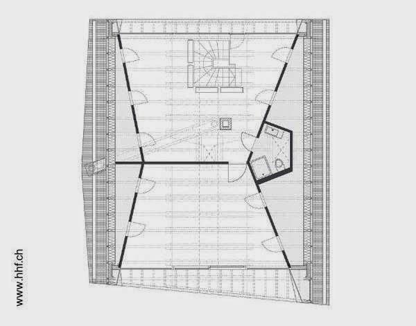 Plano arquitectónico de la planta agregada bajo un nuevo techo en casa suiza