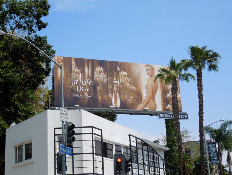 JAdore Voile de Parfum Dior billboard