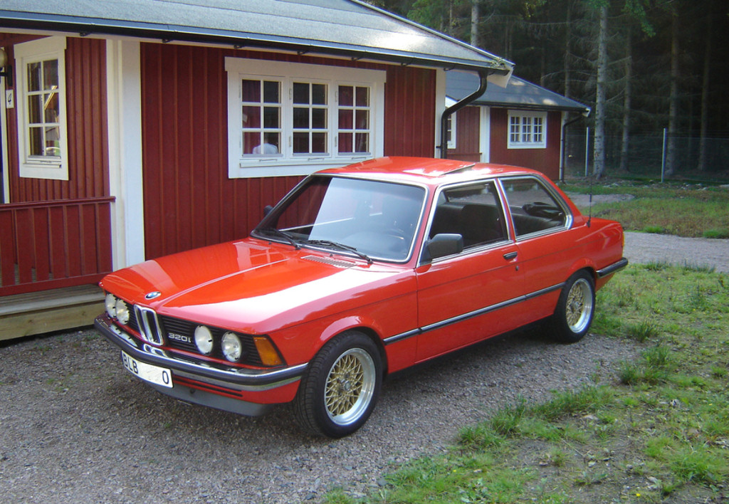 Avengers in Time: 1975, Cars: BMW 3 Series (E21)