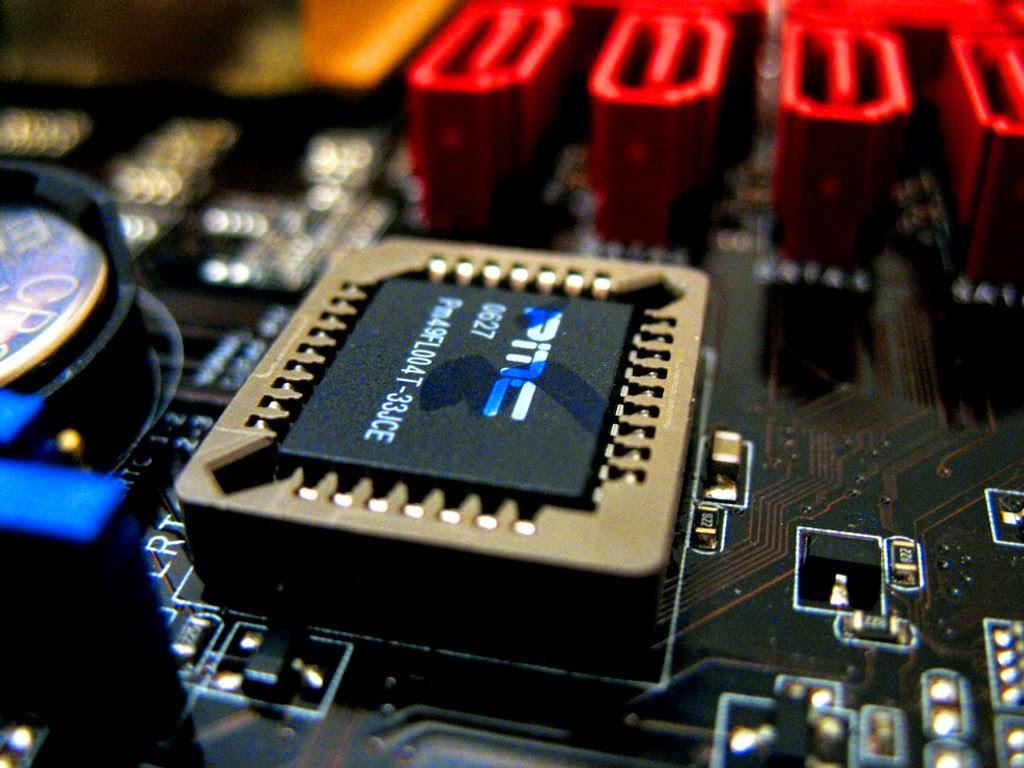 LangitKomputer.com | Komponen dan Bagian Bagian Motherboard + Gambar Motherboard
