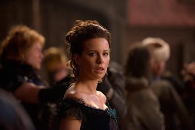 Eliza Graves